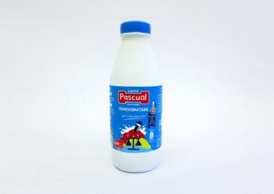 Unlind 1,2 litros of milk  Tania Blanco (2016)